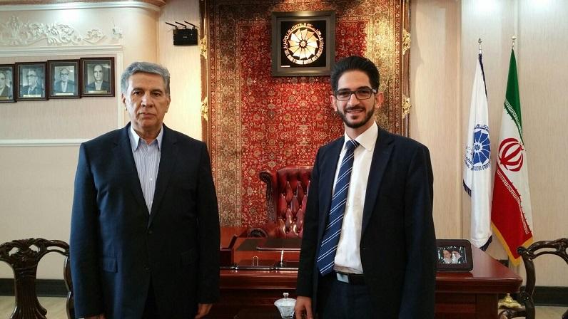 Reise nach Iran: Dawood Nazirizadeh mit dem Direktor der Handelskammer Täbris